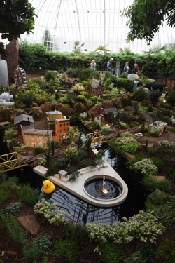 The Theme Of This Yearu0027s Garden Railroad At Phipps Conservatory And Botanical  Gardens Is 200 Years