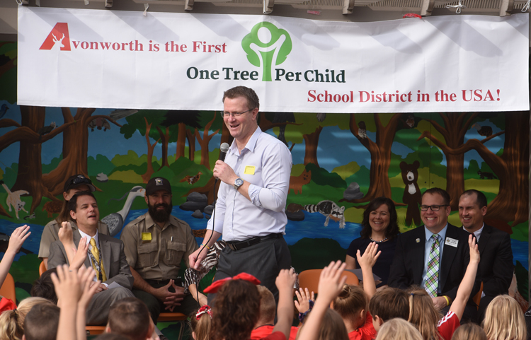 Charlie Hargroves, ambassador at large for One Tree Per Child, talks to the students at Avonworth Elementary in Ohio Township. The school is the first in the United States to be part of the program which also iruns in eight other countries.